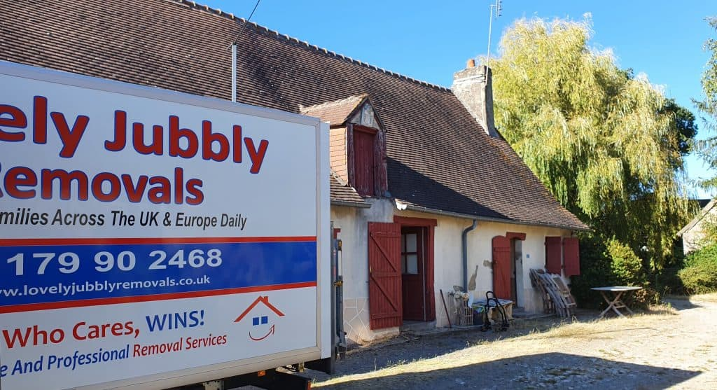 European Removals and storage to France